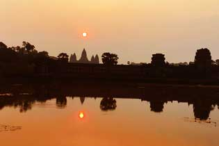 Angkor Complex Sunrise and Sunset 2 Days Tours