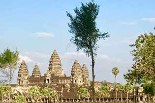 Cambodia Temples to Beach  9 Days Tours